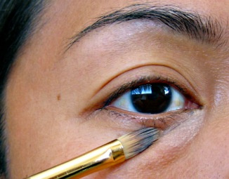 mac-cosmetics-studio-finish-concealer-tutorial-4a
