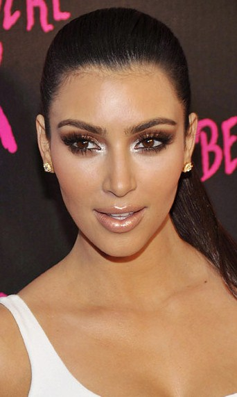 Kim Kardashian - Well defined full brows. Women with Indian/Arabic/Middle Eastern heritage are usually born with very full brows