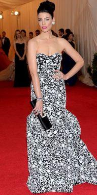 Jessica Pare in Michael Kors