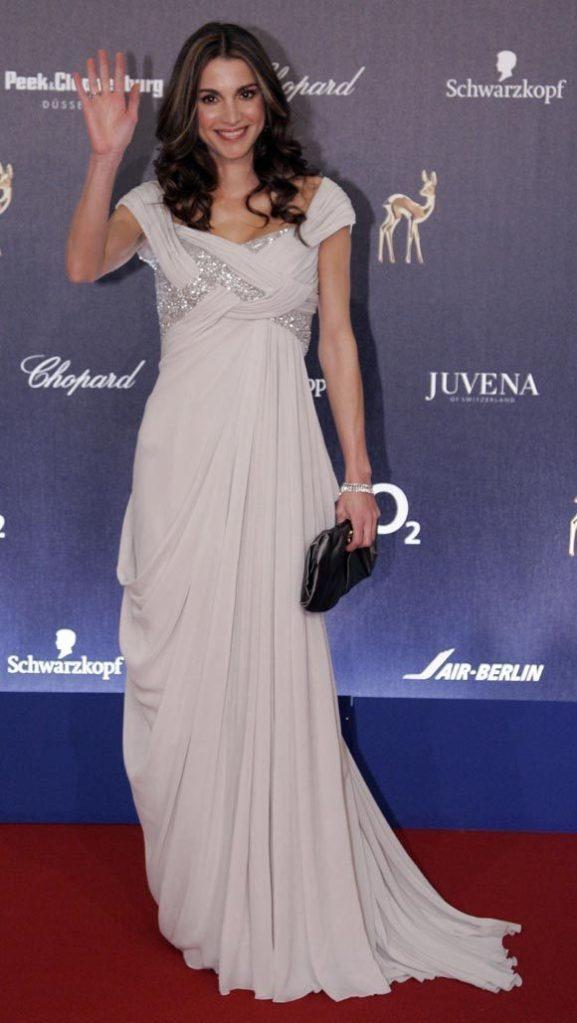 queen-rania-dress-fashion4ever-15246591-580-1029